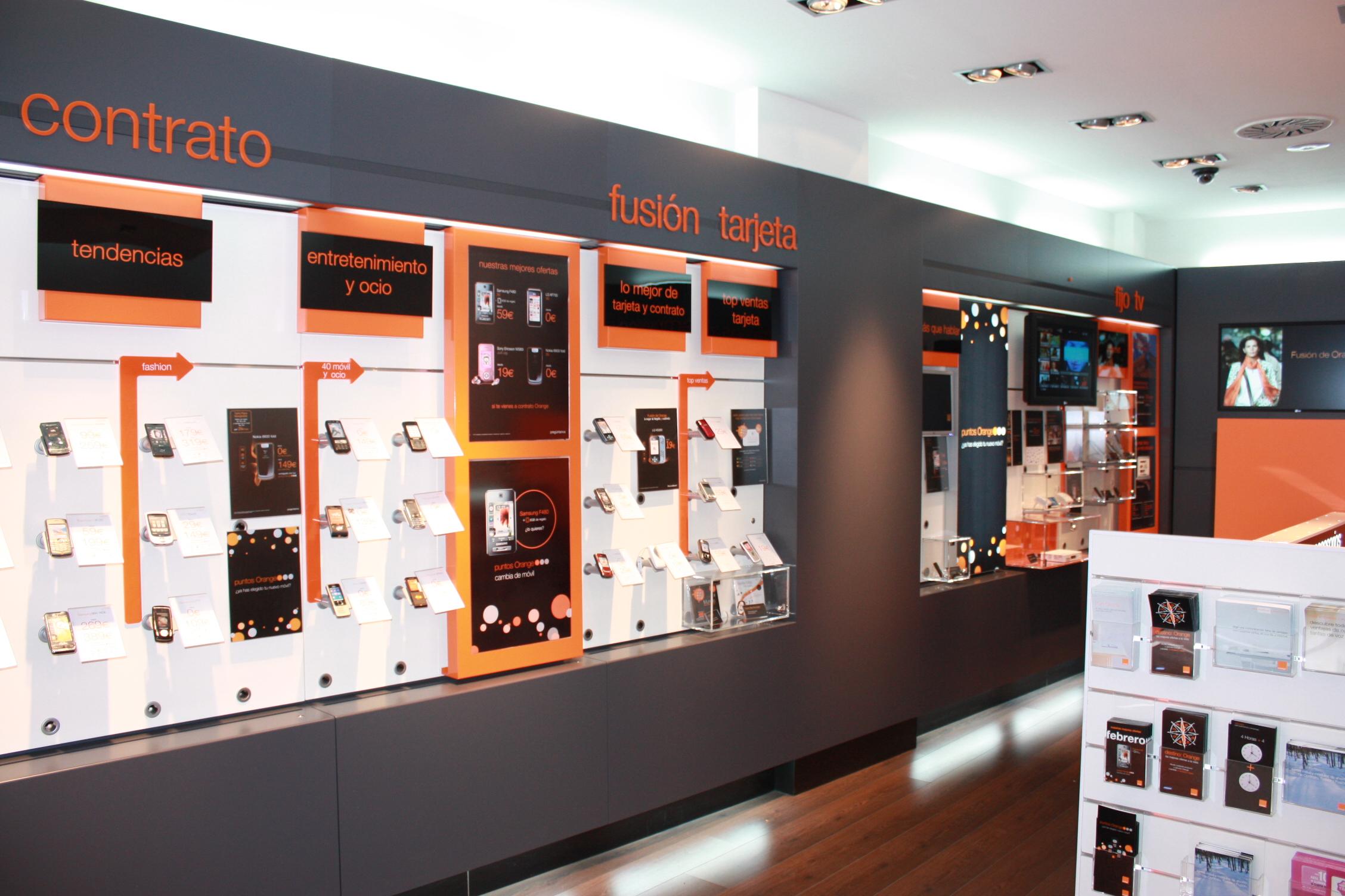 Interior Tienda Orange