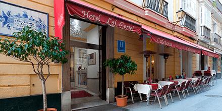 Exterior del Hotel Las Cortes de Cádiz