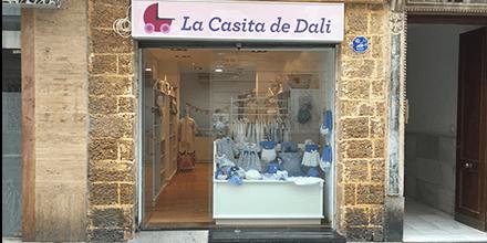 Exterior La Casita de Dali en la Calle Ancha Cádiz