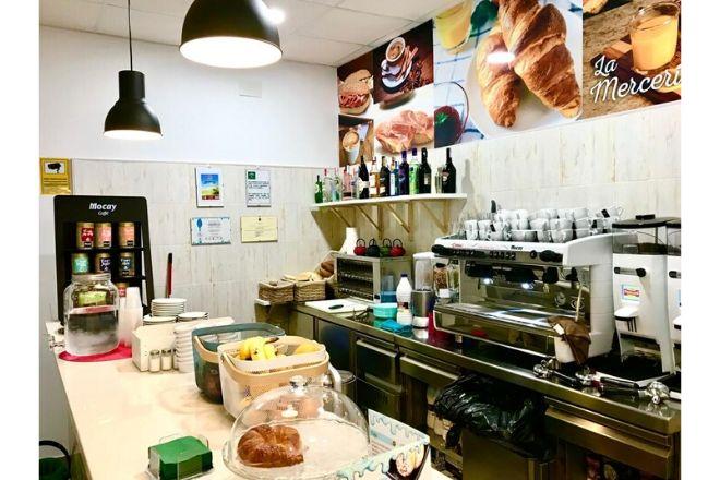 Interior La Merceria Coffe Shop