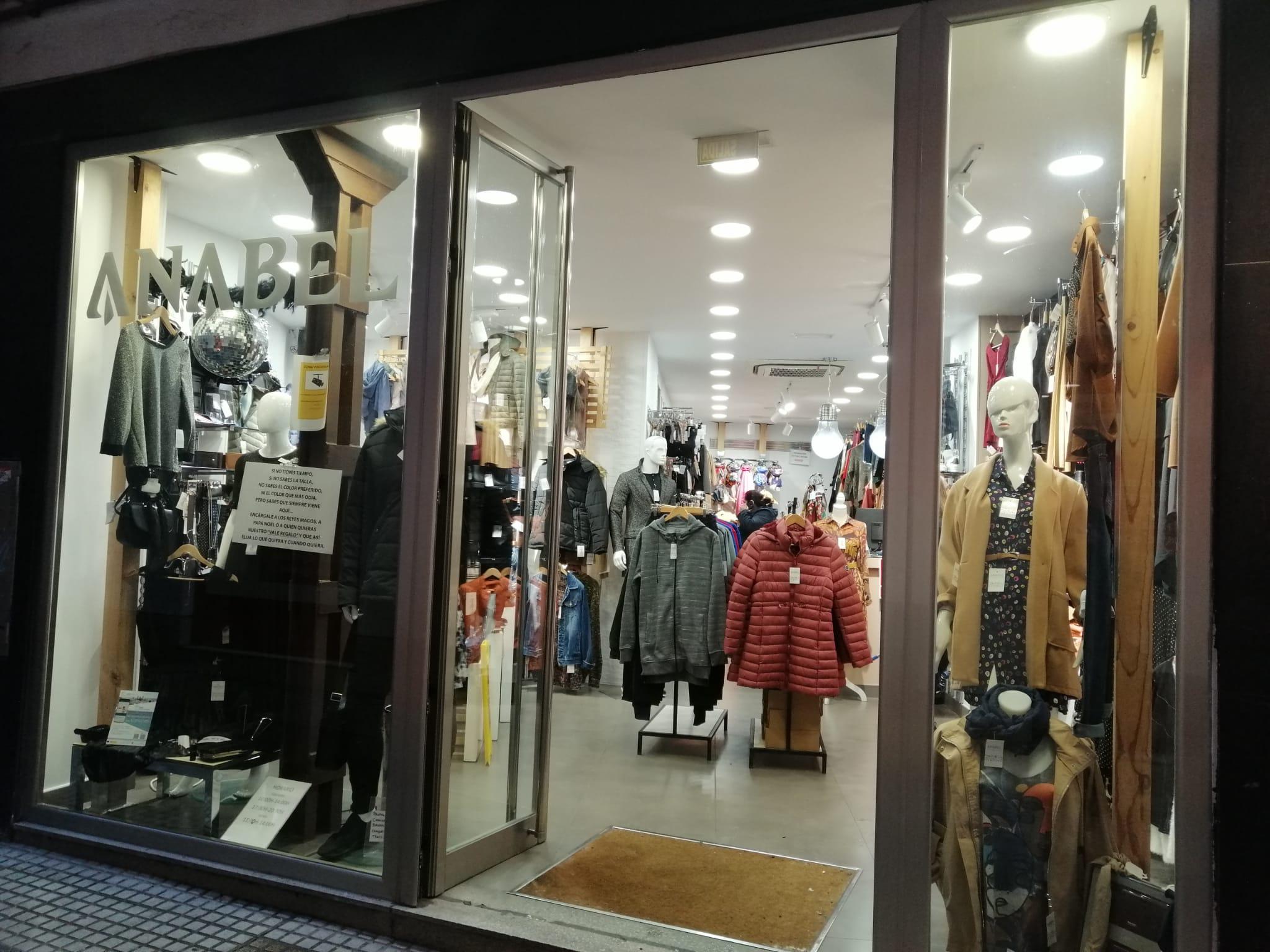 Exterior tienda Anabel Moda